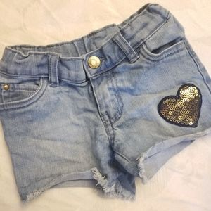 Carter's Toddler girl heart short Jean's 4T (D16)